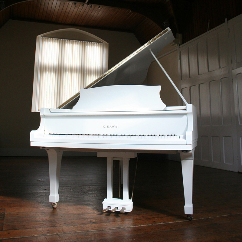 Yamaha C7 White Grand Piano for hire