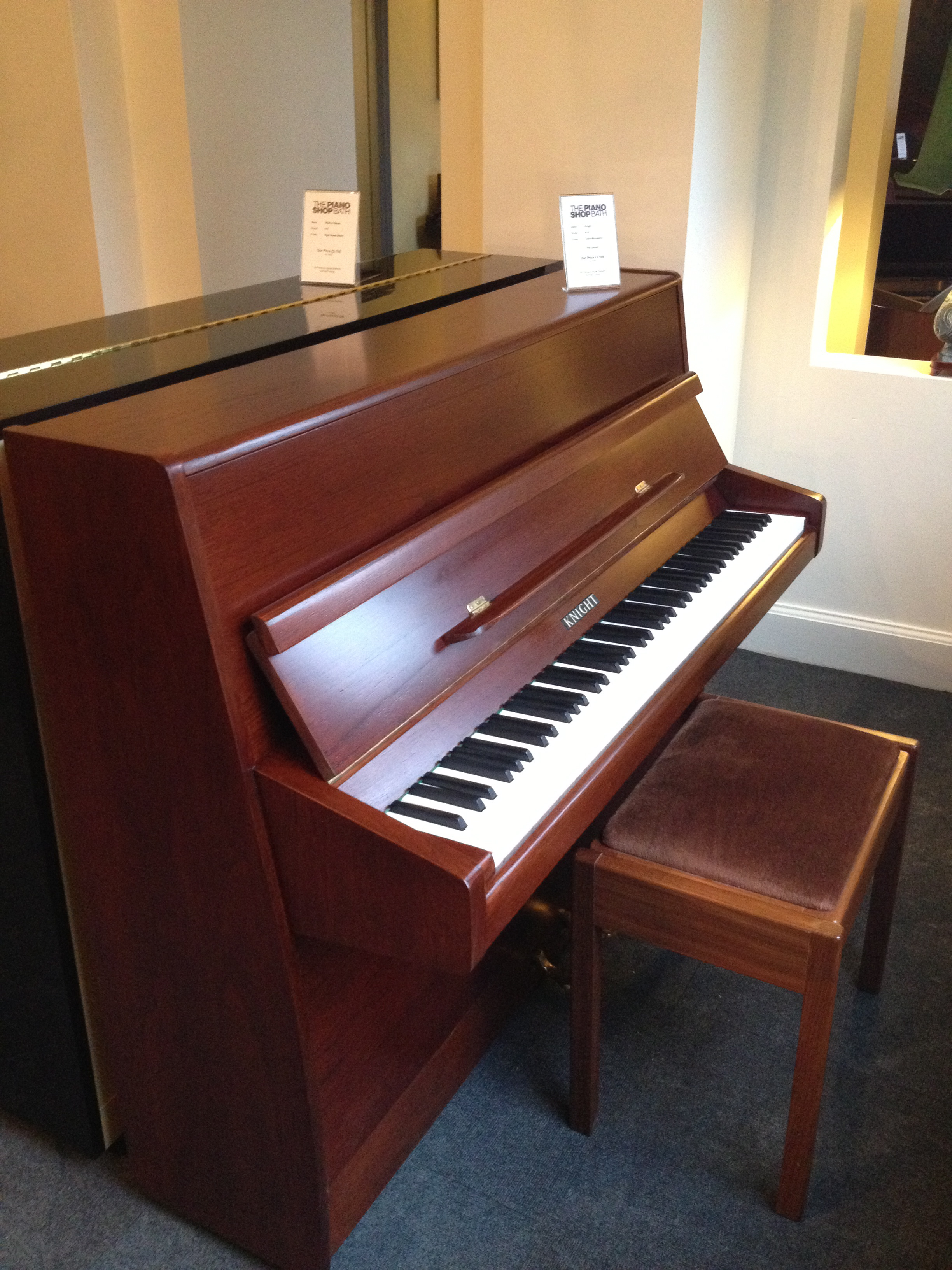 Knight K10 - Small Modern Upright