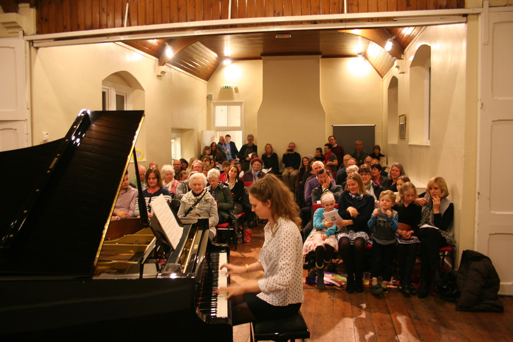 A performance on the Yamaha C7 grand piano