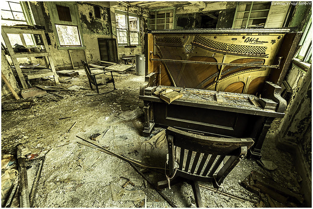 'Nothing Left To Lose' by Freaktography, www.freaktography.ca