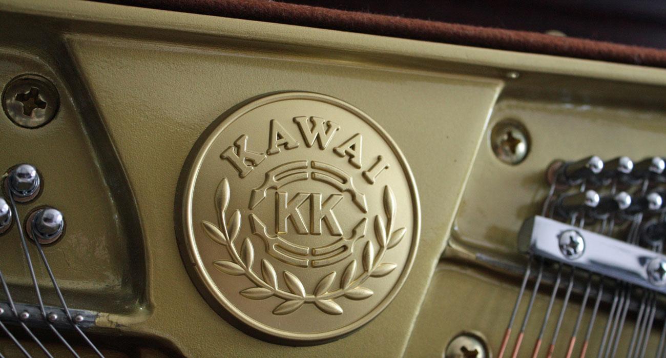 Kawai KX10 Upright Piano