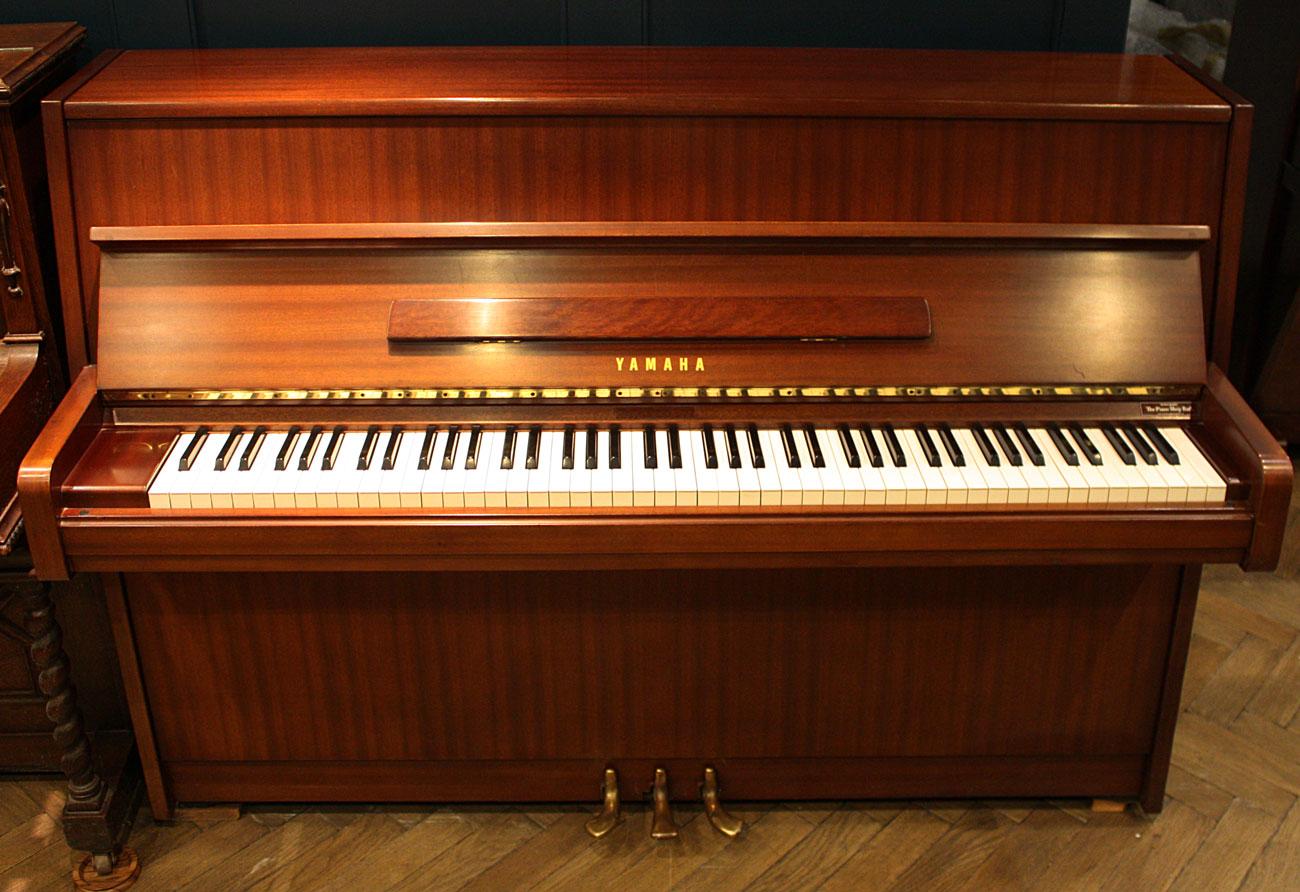 yamaha upright piano. Black Bedroom Furniture Sets. Home Design Ideas