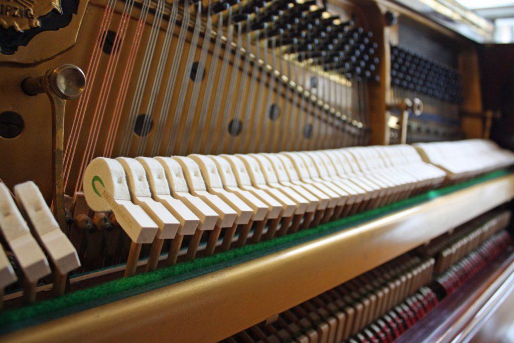 Blüthner Upright Piano