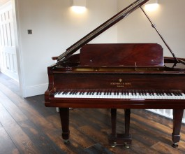 Steinway Model O 1911 grand piano