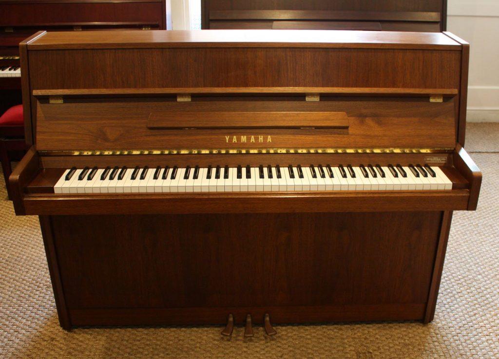 Yamaha M110N Upright Piano