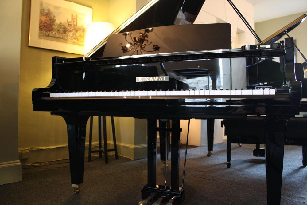Kawai GM10 Grand Piano