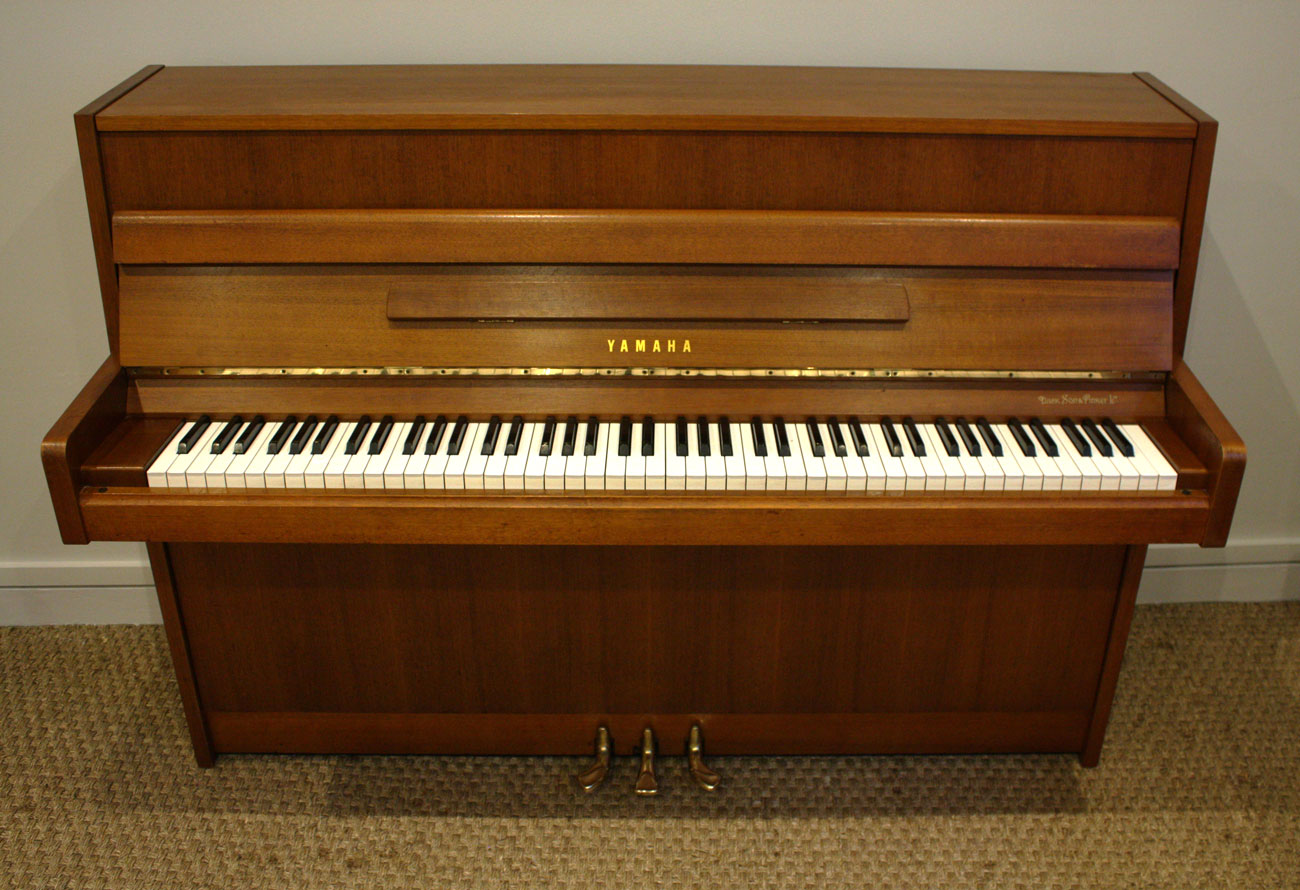 Yamaha upright piano for Yamaha piano upright