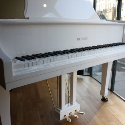 Reid-Sohn SIG 48 Grand Piano in White