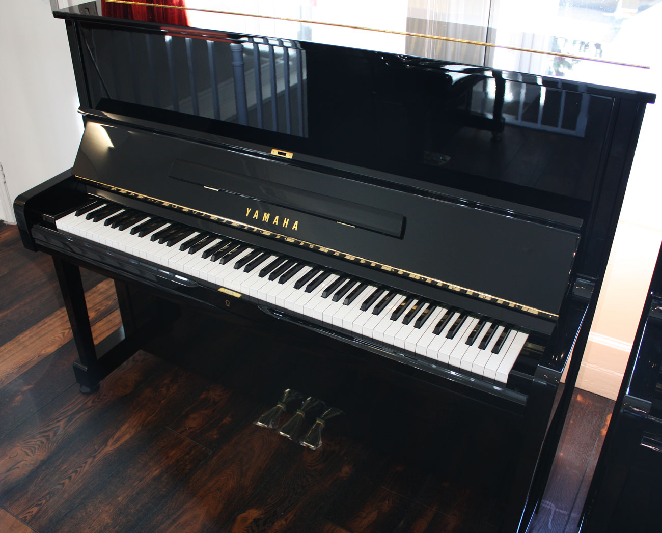 Piano hire for events and venues for Yamaha b series piano