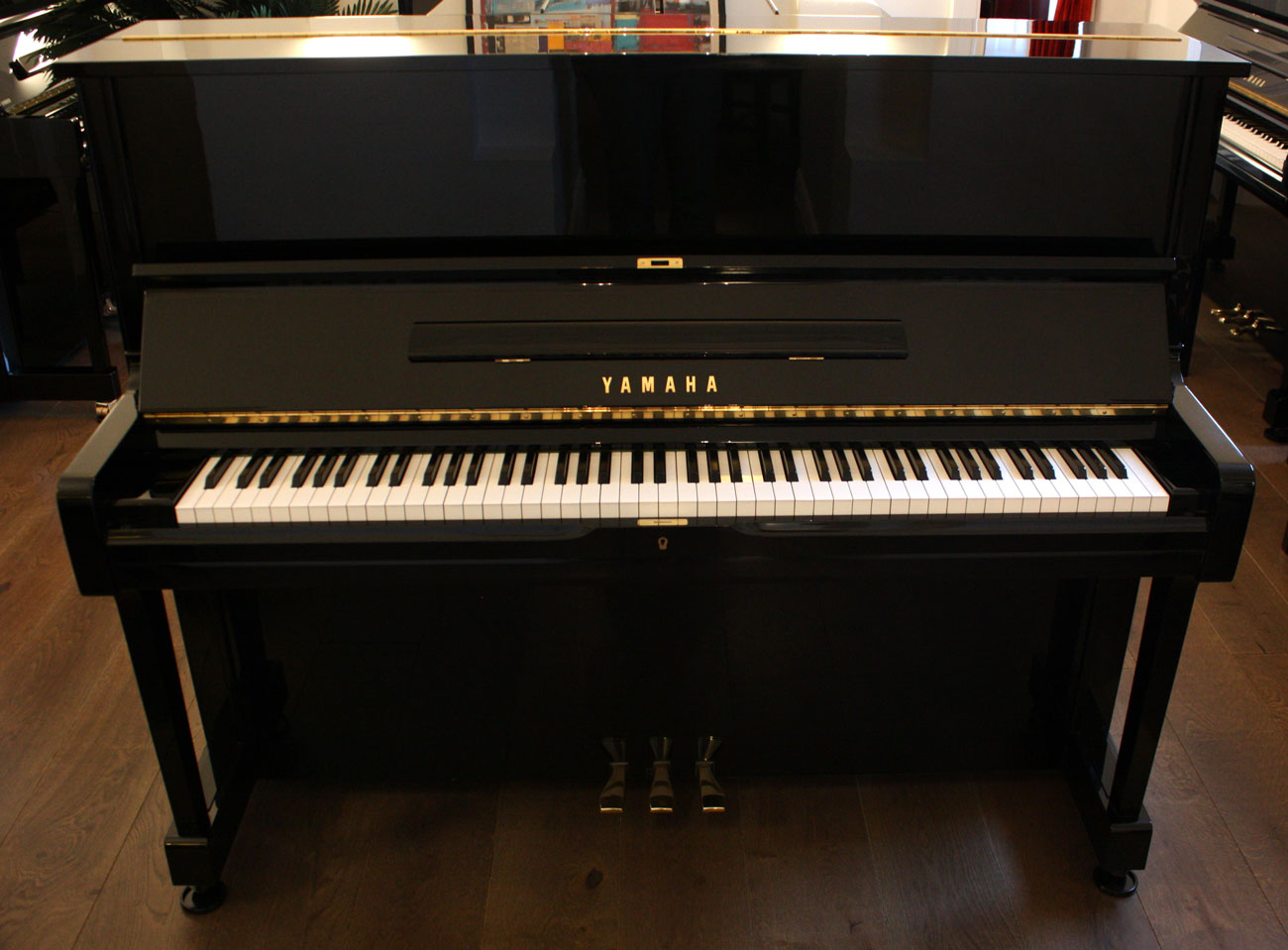 Yamaha u1 upright piano for Yamaha piano com