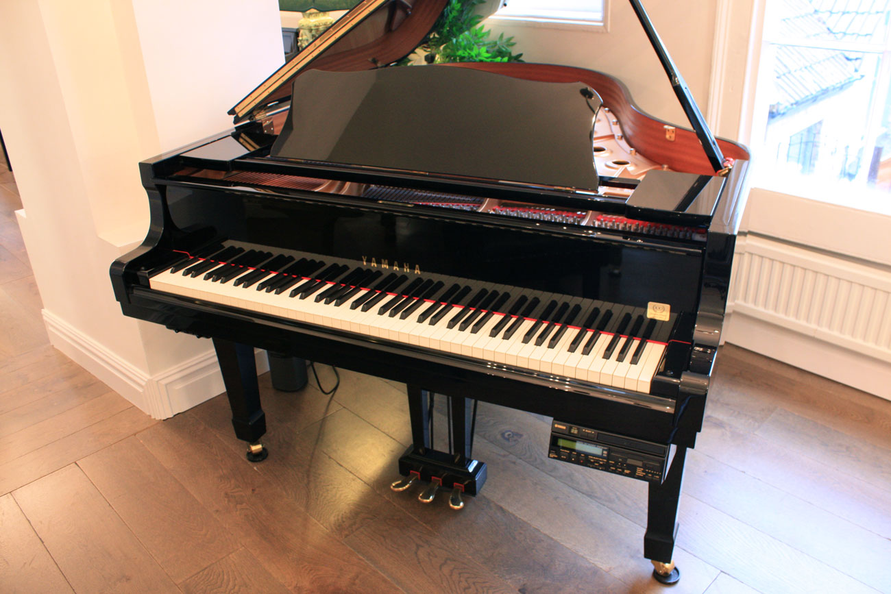 Yamaha DC3A Grand Piano