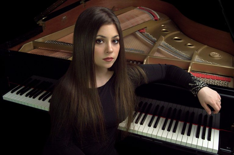 Lara Melda