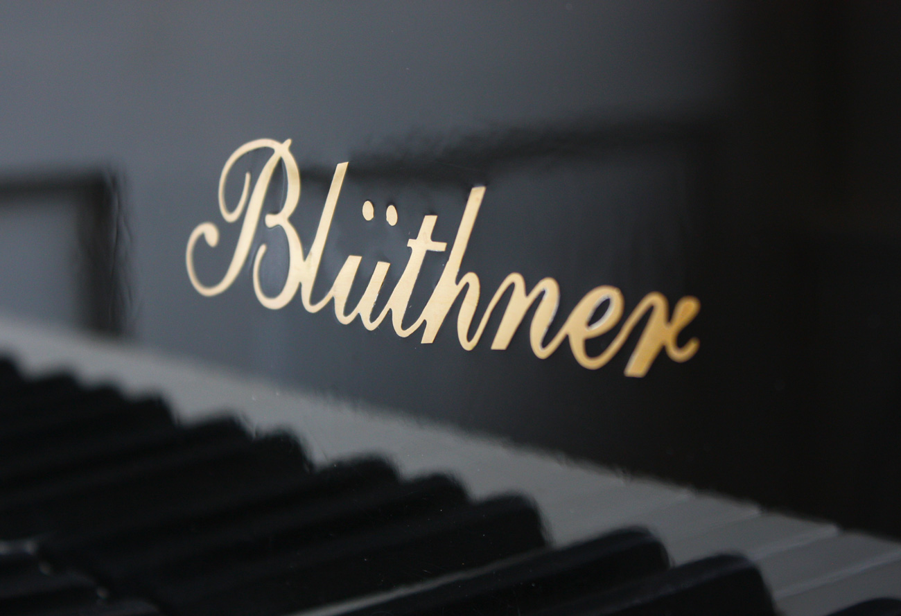 Bluthner 190 grand piano