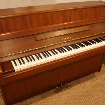 Yamaha M1J upright piano