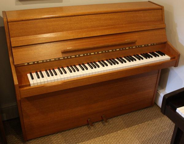 Barratt & Robinson upright piano